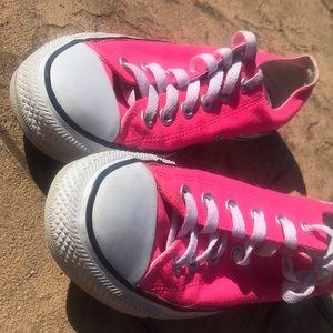 unisex hot pink converse